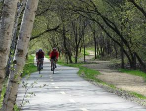 cyclists on gateway state trail