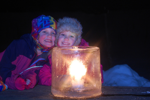 kids with luminary