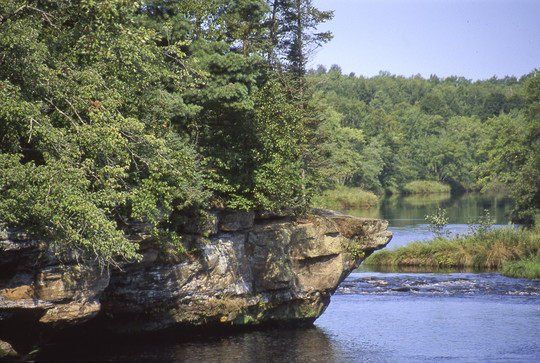 Kettle river and rock formation