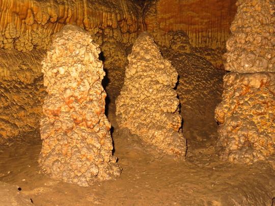 Raft cones in cave