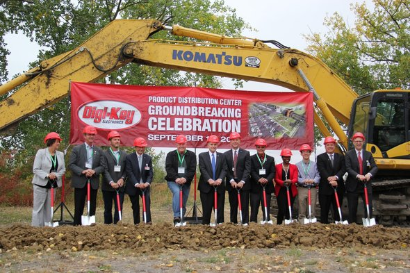 Governor Dayton Breaks Ground on the Digi Key expansion in Thief River Falls