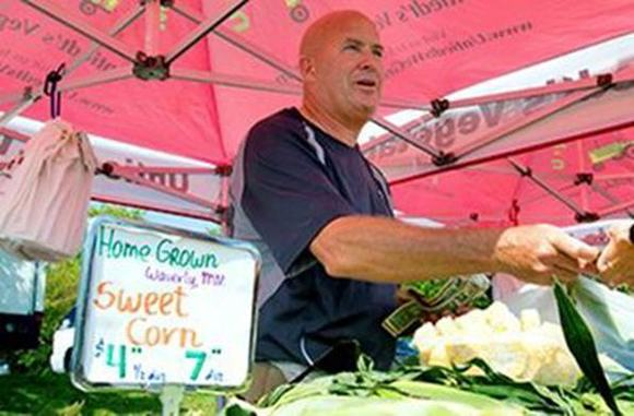 Plymouth farmers market image