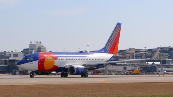 southwest plane at msp