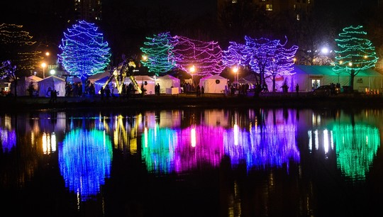 Holidazzle Loring Park Lights
