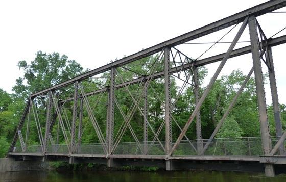 Boom Isand-Nicollet Island Bridge