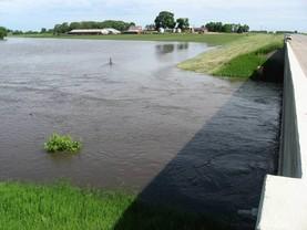 hawk creek flooding