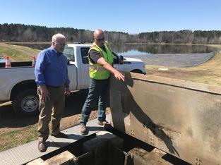MPCA Commissioner John Stine visits Moose Lake WWTP in 2018