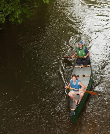 Cedar River: canoeing