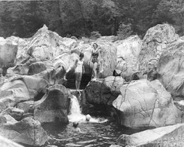 black and white picture of Johnson's Shut-ins