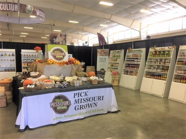 Missouri Grown Market in        the Ag Building