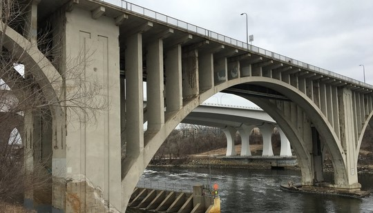 10th Avenue Bridge