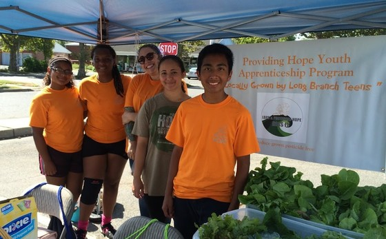 Long Branch Students Sell Grown Produce