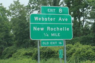 Hutch Parkway exit sign