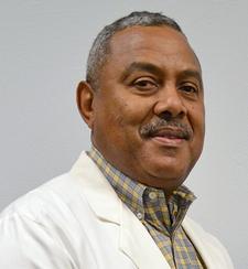 Dr. Leon Bragg, chief dental officer