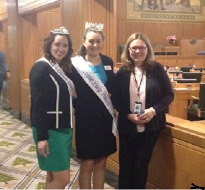 Rep Boone and Oregon Dairy Princesses