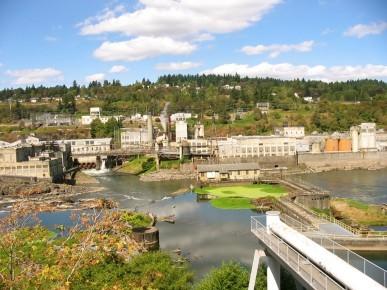 Photo of the Willamette Falls Locks