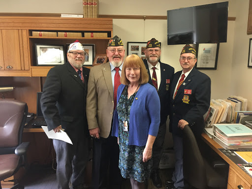 Rep McLain meeting with Veterans in the 2019 session