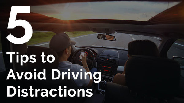 5 tips to avoid driving distractions