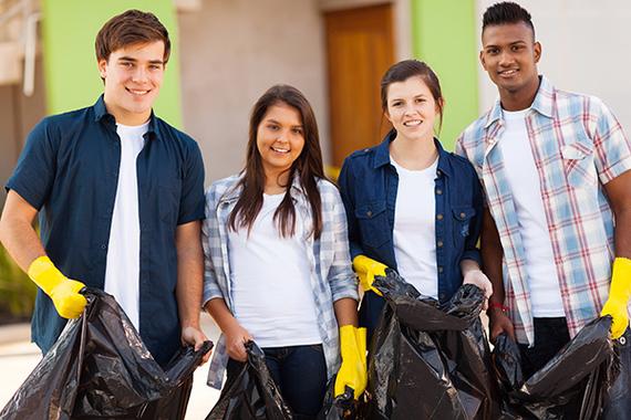 Teens Volunteer