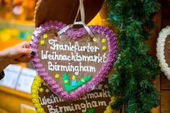 Heart sign at Frankfurt Market