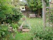 Kilburn Library garden