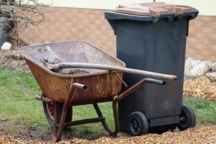 Garden Wheelbarrow image