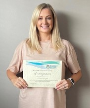 Katie Wright with Certificate