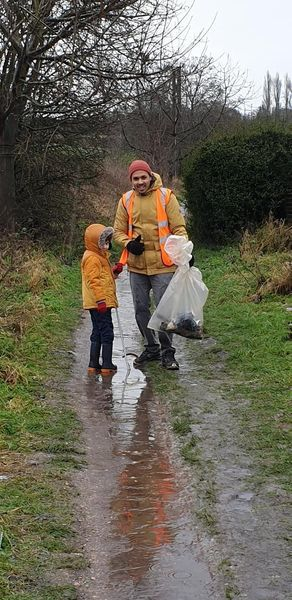 Jay and Ezra litter picking