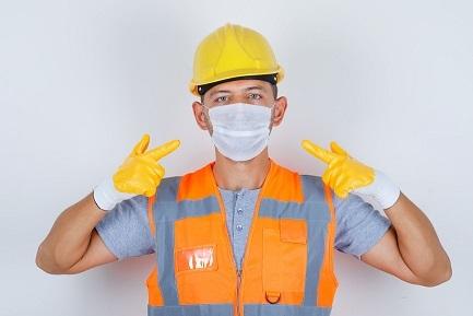 20210315 male builder