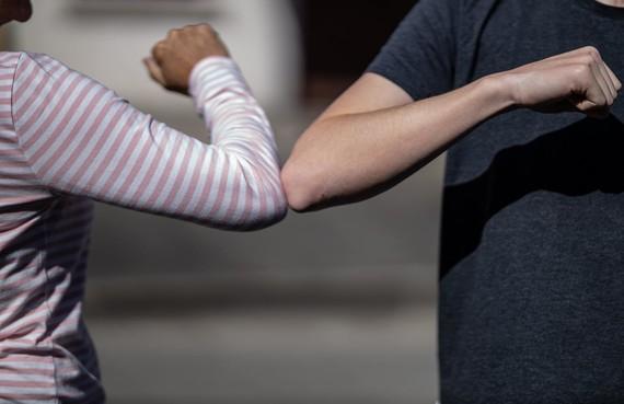 elbow pump