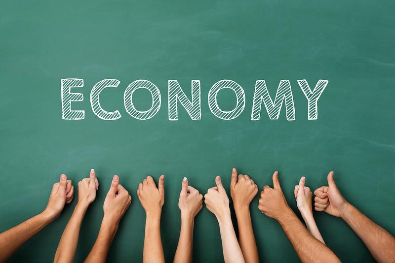 Economy on board by creditscoregeek.com