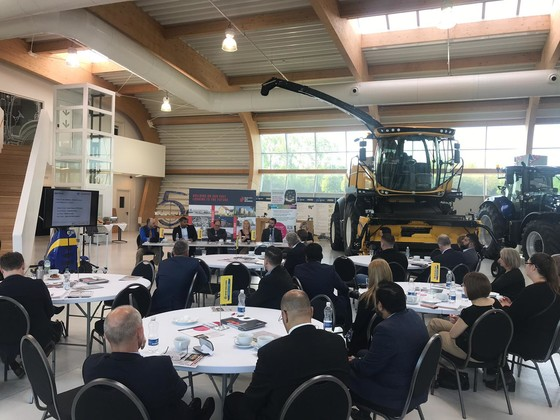 The panel discuss the importance of full fibre broadband at Digital Basildon, held at New Holland Tractor Plant, in Basildon.