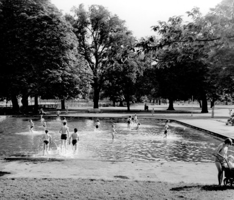 Clissold paddling pool