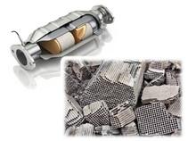 Fibre mats in catalytic converters