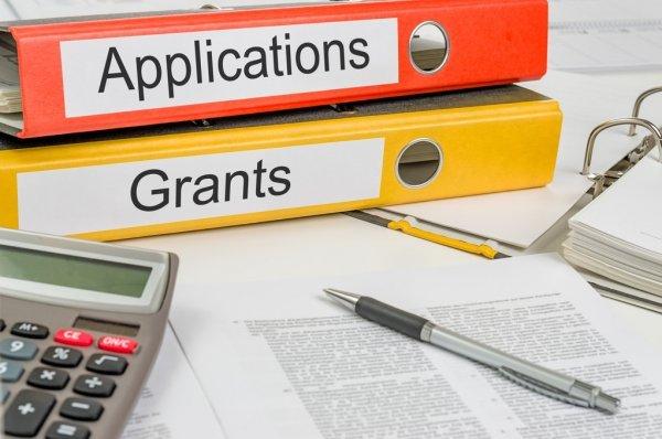 grants pic