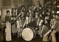 piano accordion band