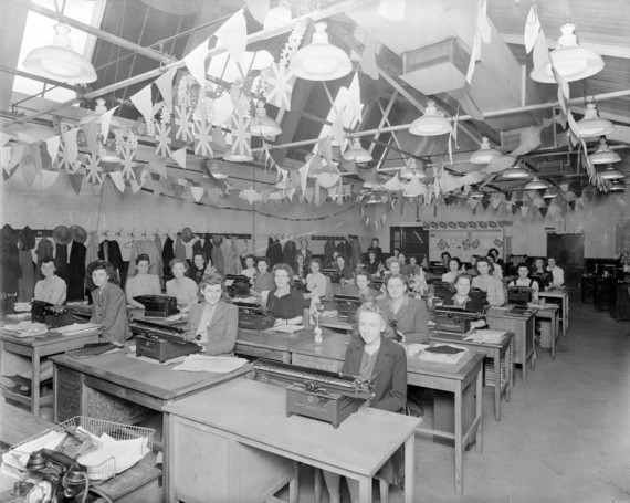 VE Day Celebrations at GEC 1945
