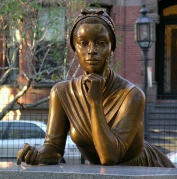 Statue of Phillis in Boston, USA