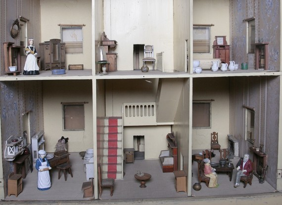Dolls house from the 19th century showing interior