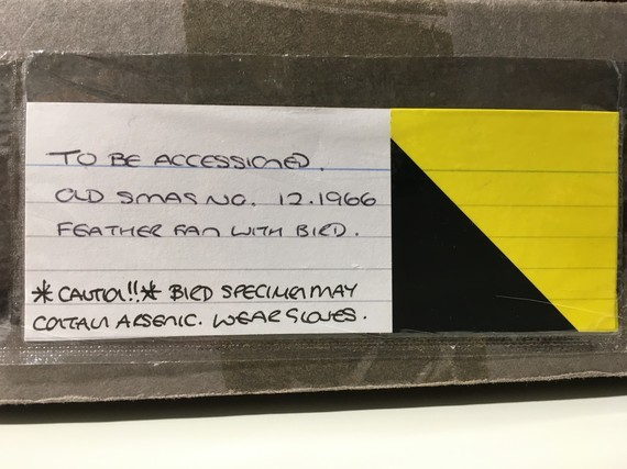 Box label for item containing arsenic