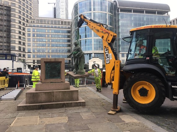Statue removal