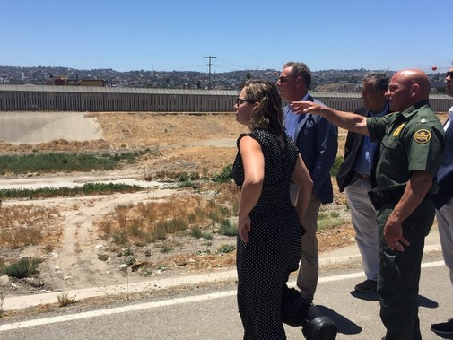 border tour with sinema and vargas