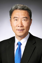 Hongwei Xin, University of Tennessee's new Dean for AgResearch. Image from UTIA.