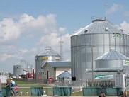 Grain bins on Display. USDA photo by Lance Cheung. USDA NIFA Fresh From the Field. NIFA Impacts.