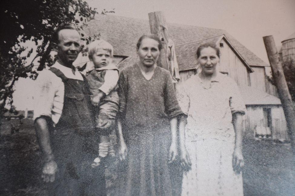 John Wolchesky black and white photo
