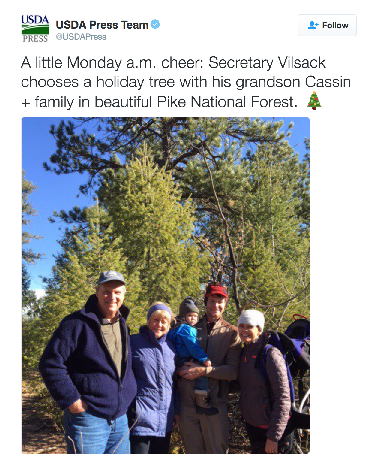 A little Monday a.m. cheer: Secretary Vilsack chooses a holiday tree with his grandson Cassin + family in beautiful Pike National Forest. 🎄