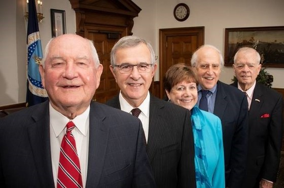 (From left to right: Secretary Perdue, former Secretaries Mike Johanns, Ann Veneman, Dan Glickman, and John Block)