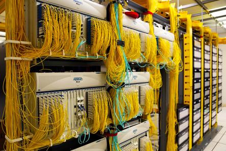 Broadband cables