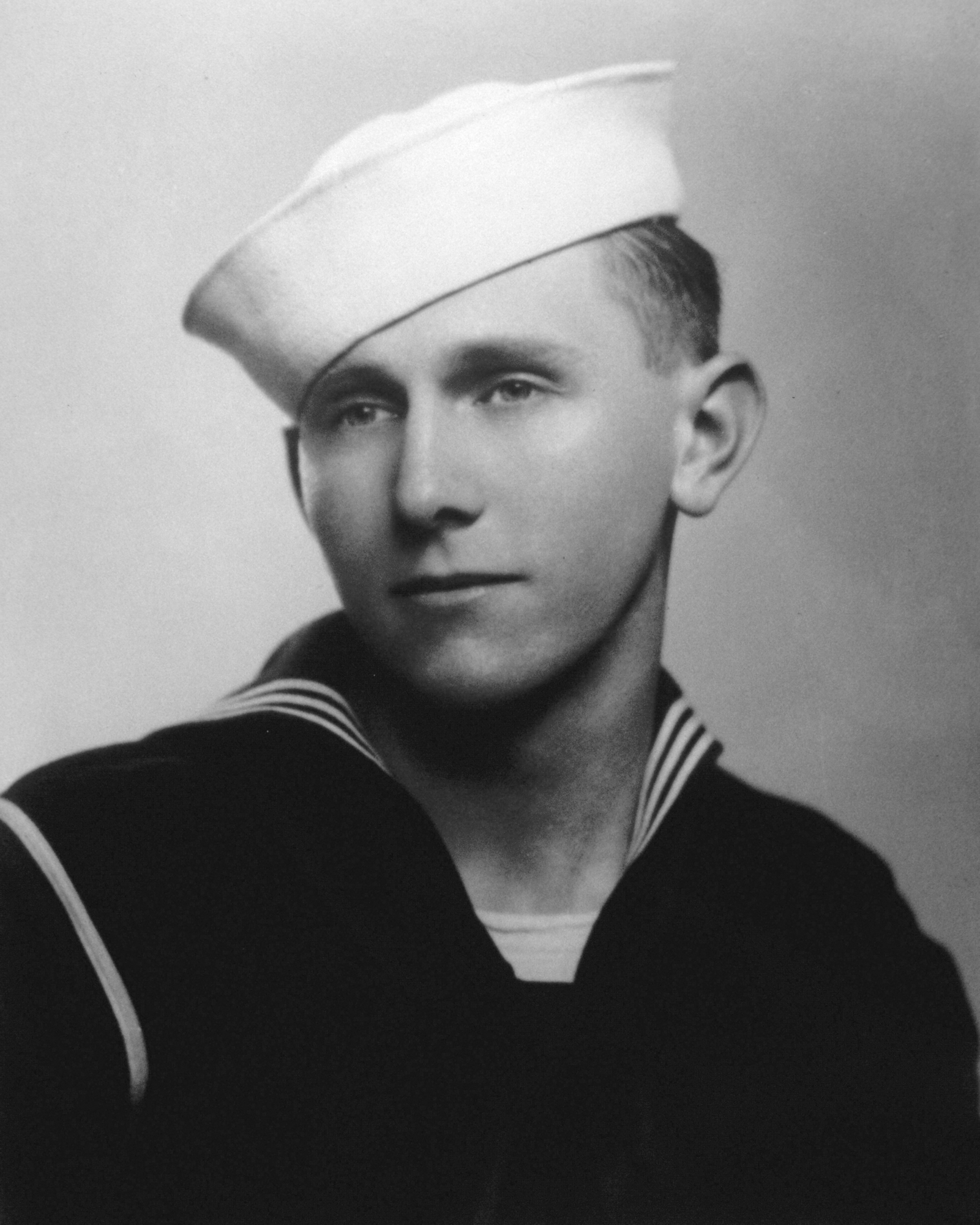 US Coast Guard historian presents personal history of Douglas Munro, exhibits his Medal of Honor for saving Marines at Guadalcanal at National Museum of the Marine Corps