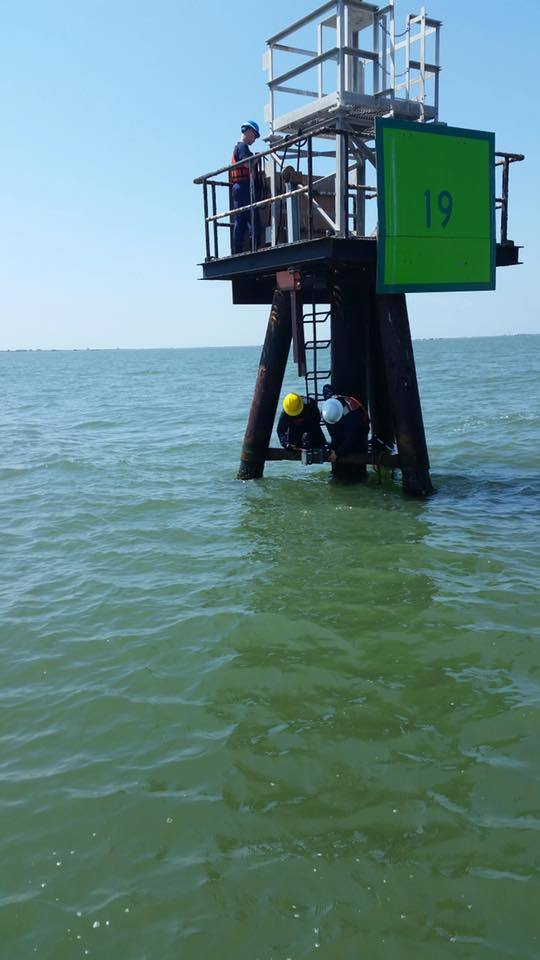 Coast Guard completes current meter in Matagorda Bay, Texas